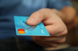 Greitieji kreditai turintiems skolų